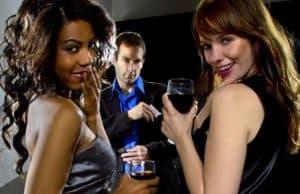 ¿La reunión con una acompañante profesional es una trampa?