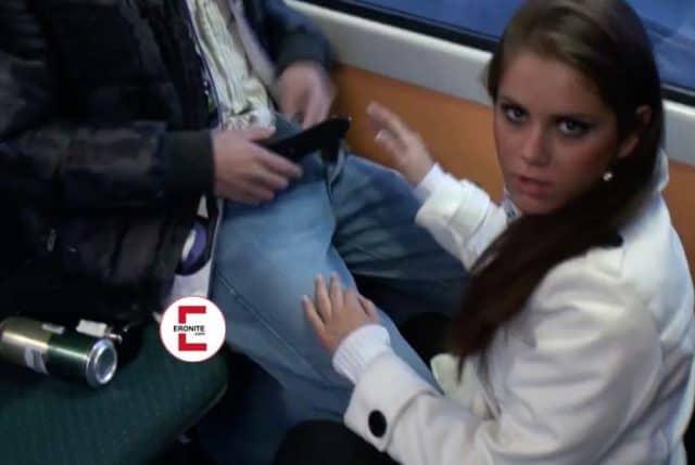 Atrapado teniendo sexo en el tranvía